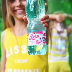 Deti je potrebné naučiť piť čistú vodu